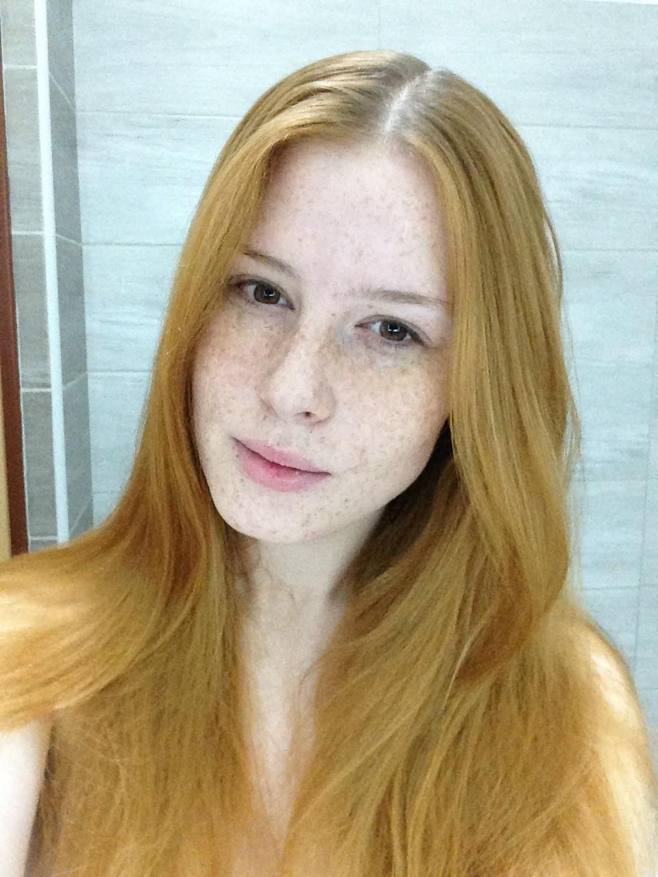 lenka Regalová , cityflower - redhead, cream skincare, freckles